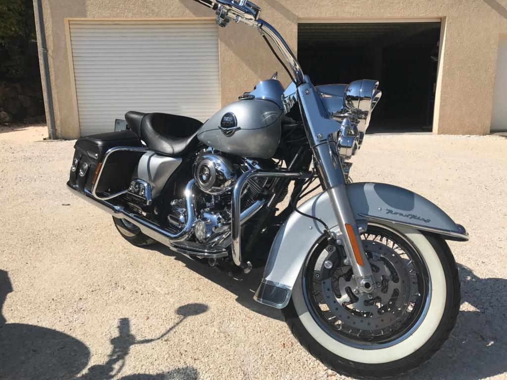 Road King uniquement, combien sur Passion-Harley  - Page 13 Img_0112