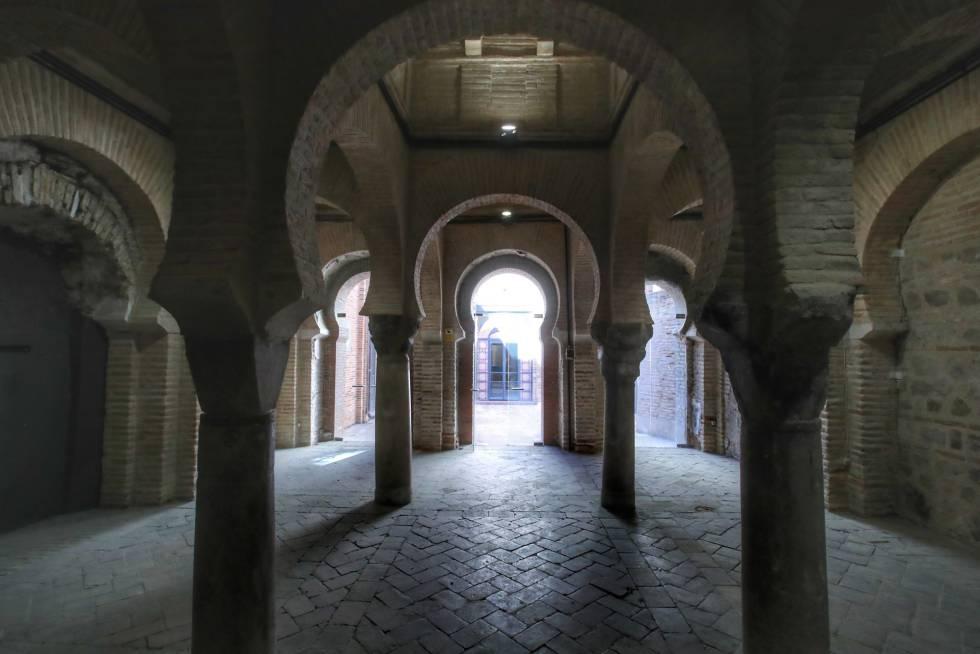 Un edificio monumental oculto bajo una mezquita toledana del siglo XIII 15389310