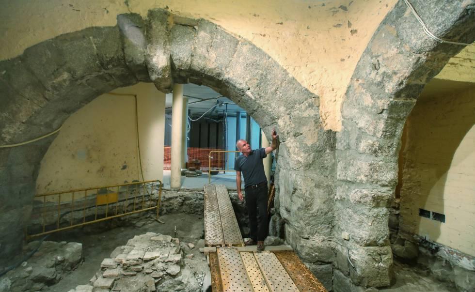 Un edificio monumental oculto bajo una mezquita toledana del siglo XIII 15389311