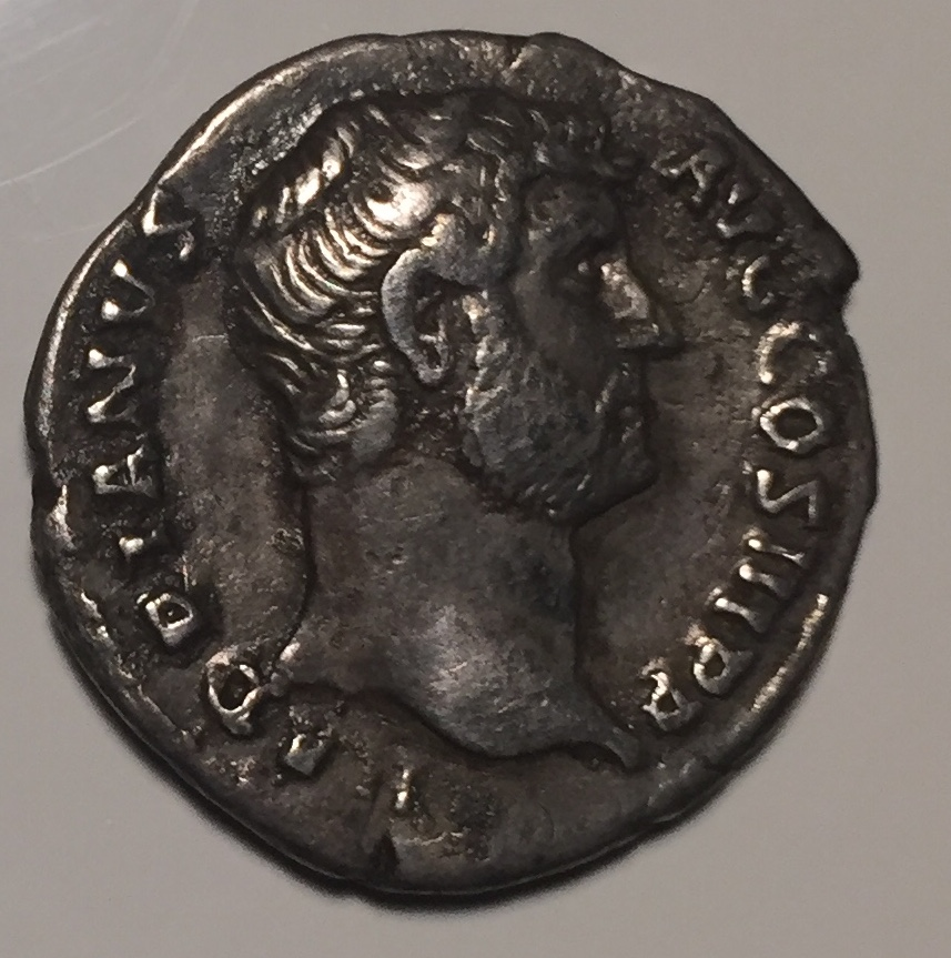 Denario de Adriano. HISPANIA. Hispania recostada a izq. (conejo detrás). Roma. Fullsi10