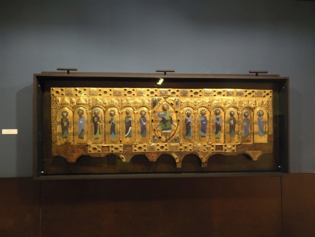 MUSEO DE BURGOS (ARQUEOLOGIA VARIADA) Img-2041