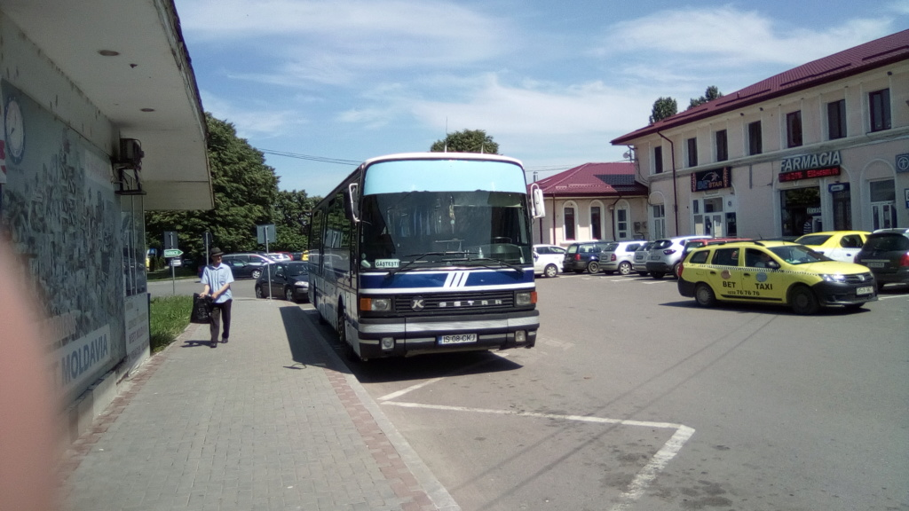 Paşcani (500) - Pagina 7 Autobu10