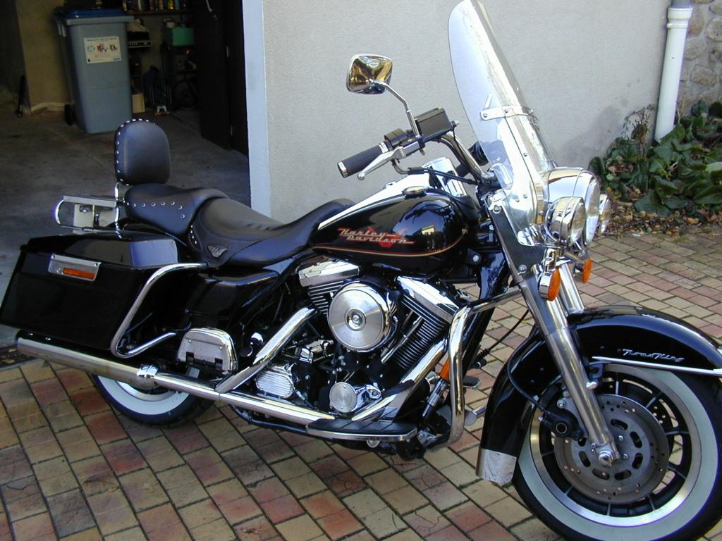 Road King uniquement, combien sur Passion-Harley  - Page 30 Dscn0016