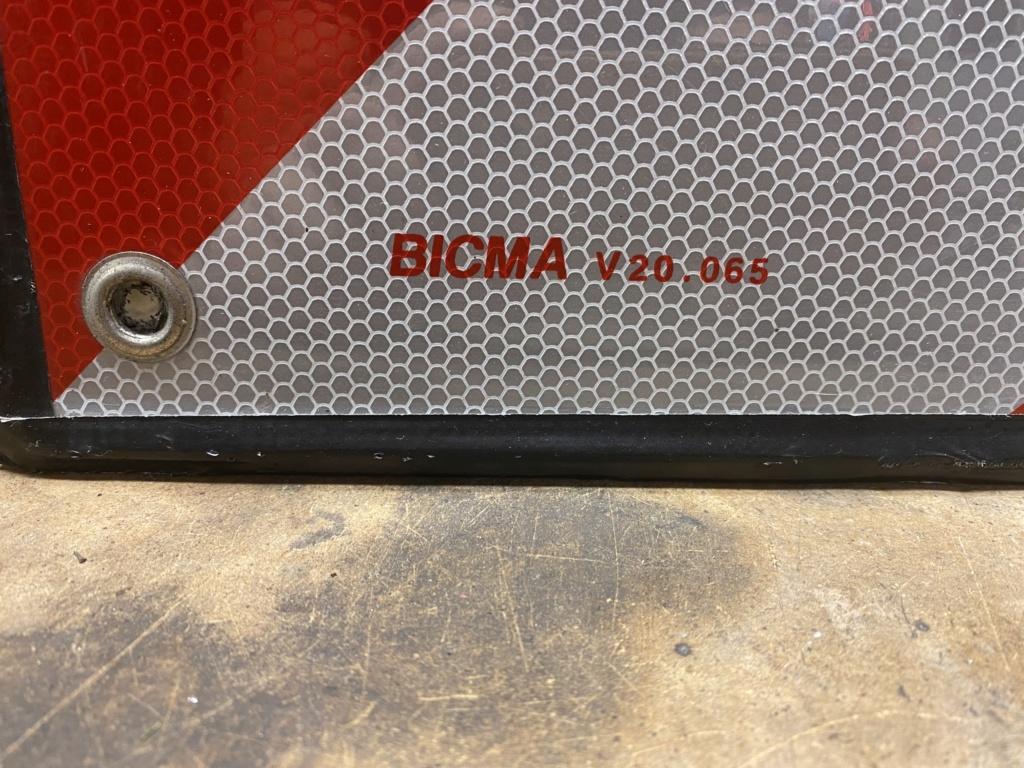 Panneau de signalisation pour remorque moto  37326410