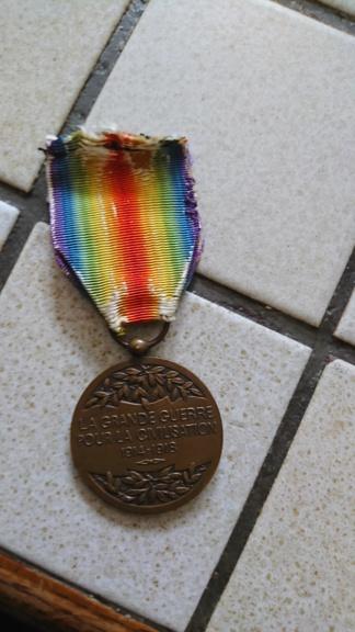 Une médaille que je n'avais pas Dsc_0925