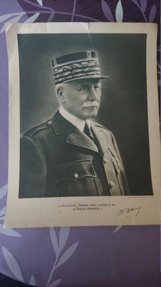 Portrait du maréchal Pétain vichy Dsc_1430