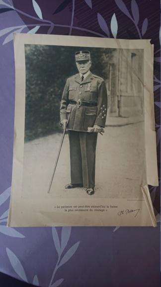 Portrait du maréchal Pétain vichy Dsc_1431