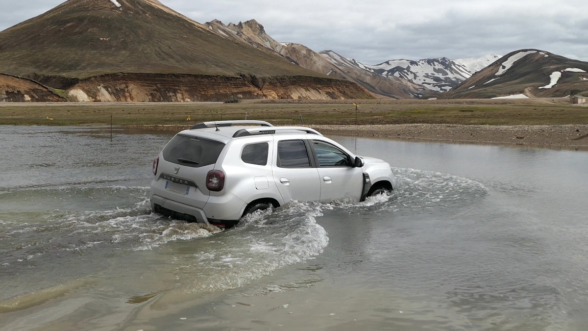 L'Islande en Duster II c'est possible! Vlcsna10
