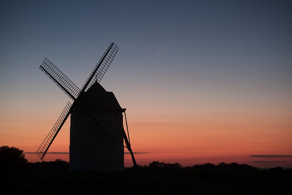 Photos de Ben: Neowise et le moulin de Nortbécourt Com_si11