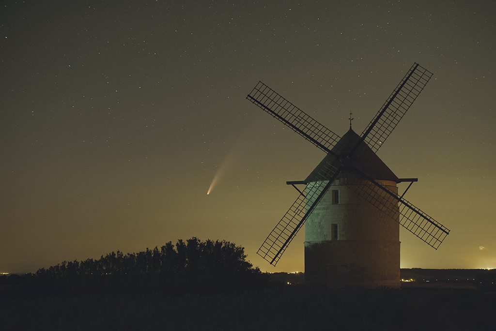 Photos de Ben: Neowise et le moulin de Nortbécourt Com_si12