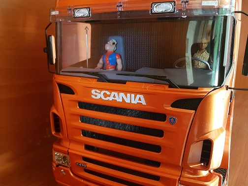 Os presento mi Scania y mi portacoches  20190123