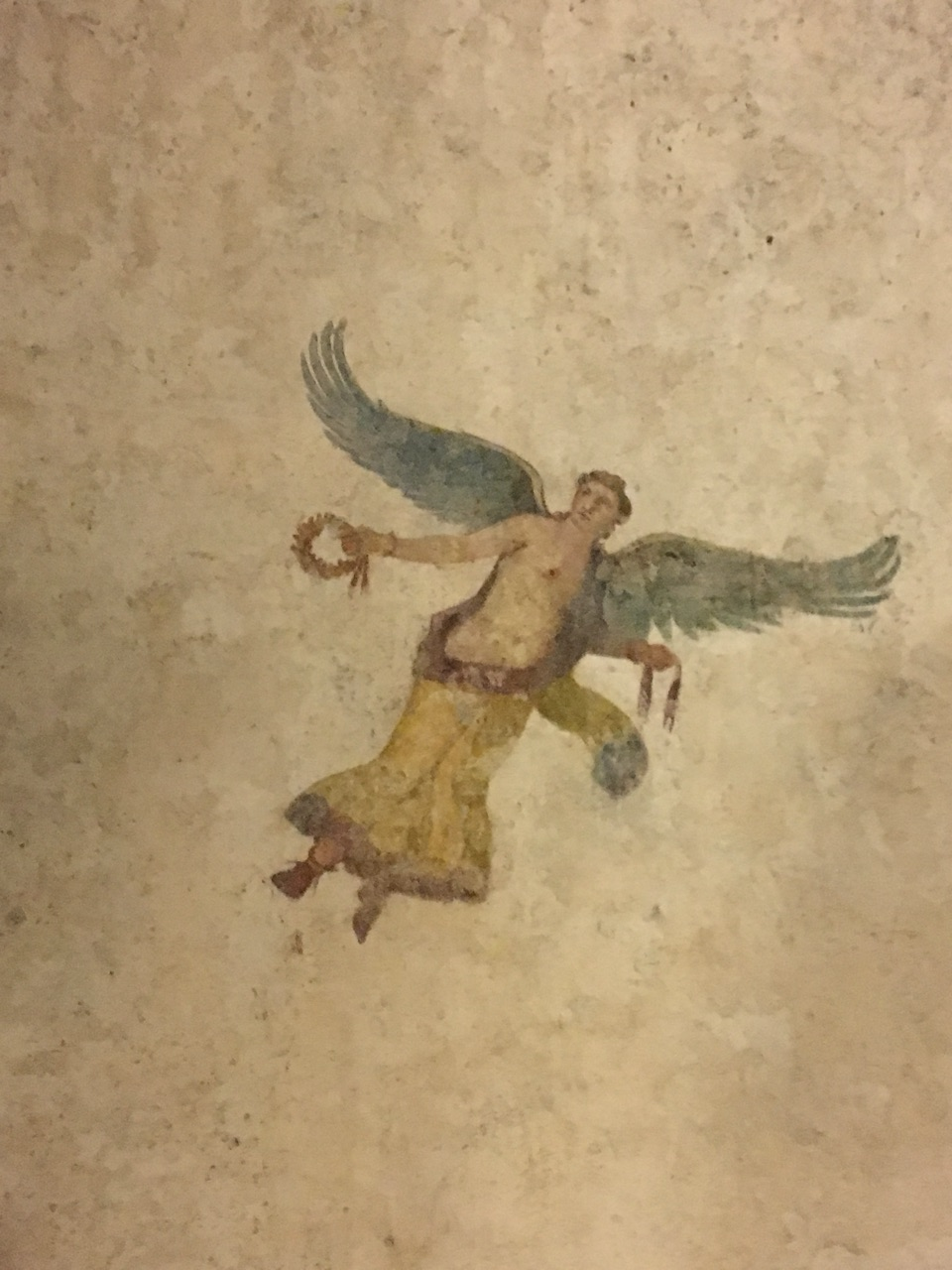 Dentro de la Pirámide Cestia, Roma 524b7a11