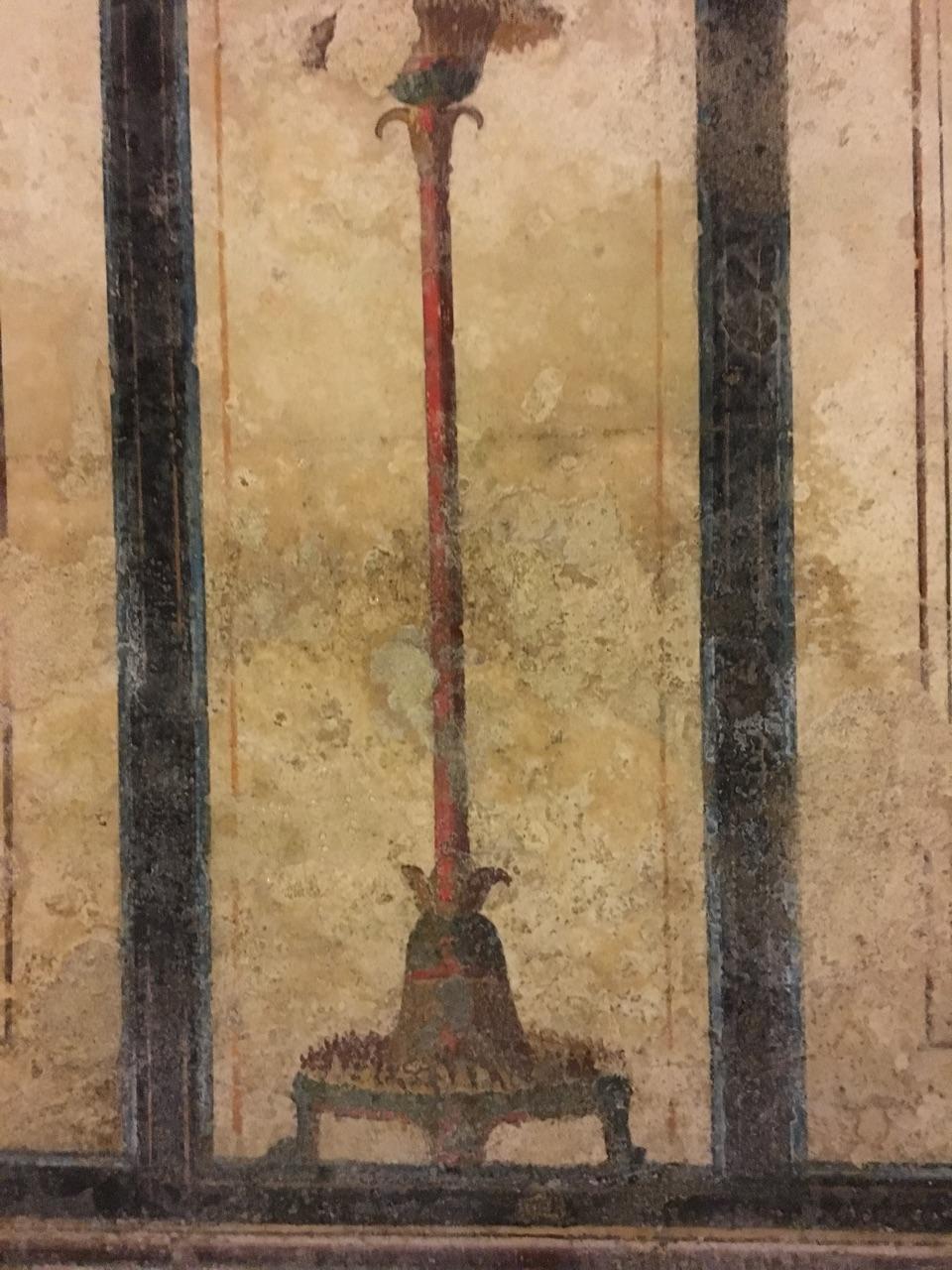 Dentro de la Pirámide Cestia, Roma 96f54410
