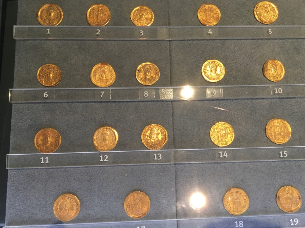 Monedas de la Comisión Arqueológica. Museos Capitolinos. Roma Bizant10