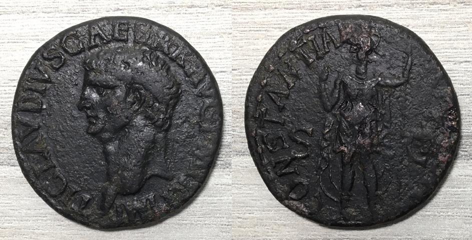 As de Claudio I. CONSTANTIAE AVGVSTI- S C. La Constancia estante a izq. Roma. Consta16