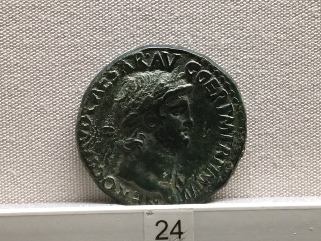 Sala numismatica Museo Nacional Romano en Palazzo Massimo (Alto Imperio), Roma Dec01610
