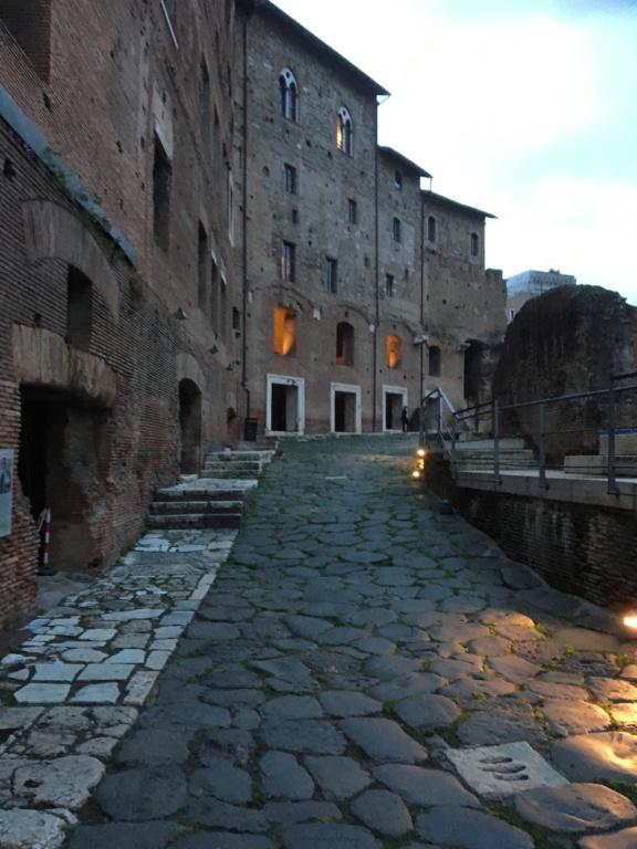 Museo de los Foros Imperiales, Mercado de Trajano, Roma Fa164e10