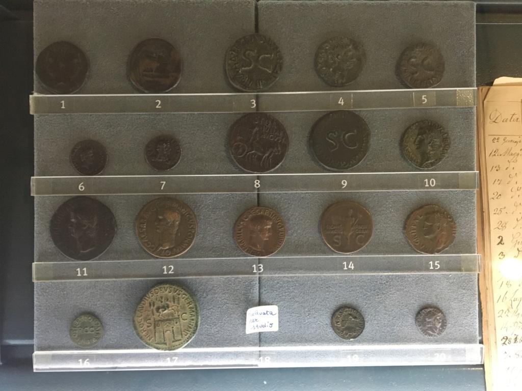 Monedas de la Comisión Arqueológica. Museos Capitolinos. Roma Siglo_11