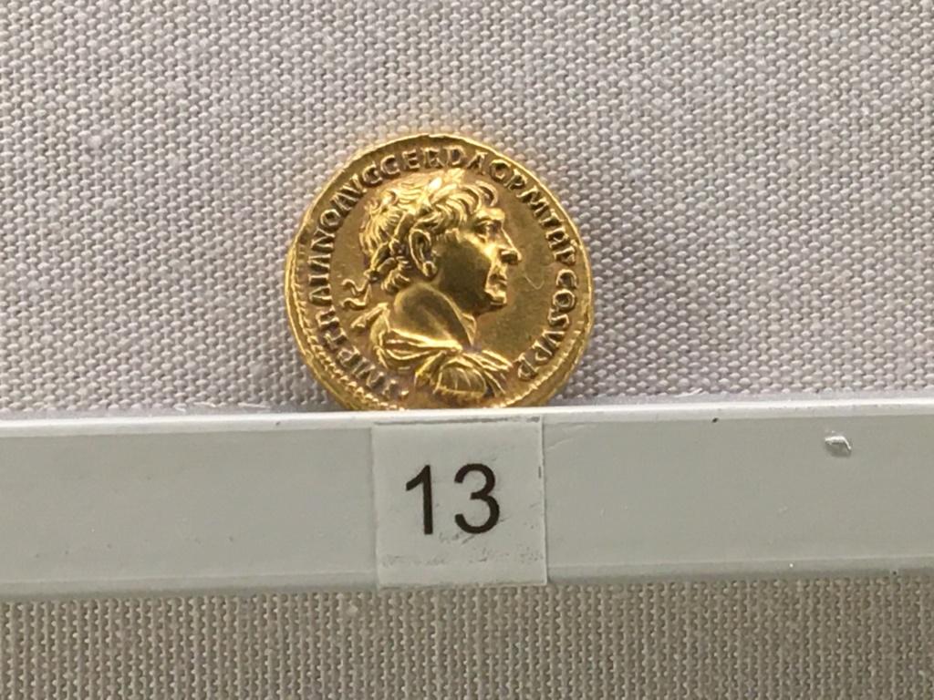 Sala numismatica Museo Nacional Romano en Palazzo Massimo (Alto Imperio), Roma Trajan10