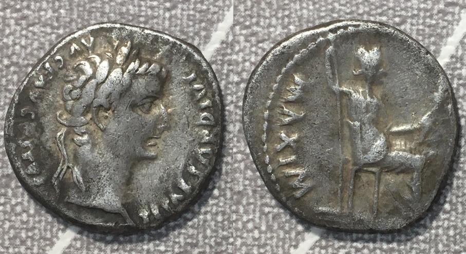 Denario de Tiberio. PONTIF MAXIM. Livia, de Paz, sedente a dcha. Lugdunum. Tribut11