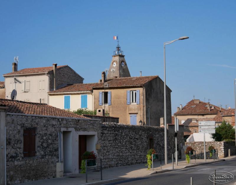 Mon village et sa source  P1000410