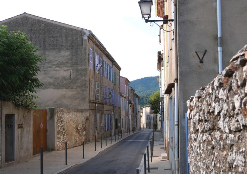 Mon village et sa source  P1000411