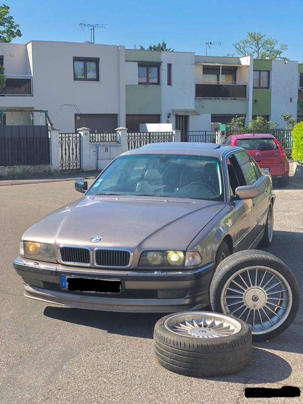 BMW 750 ial de 1996 besoin de conseil avant achat 10f4bb11