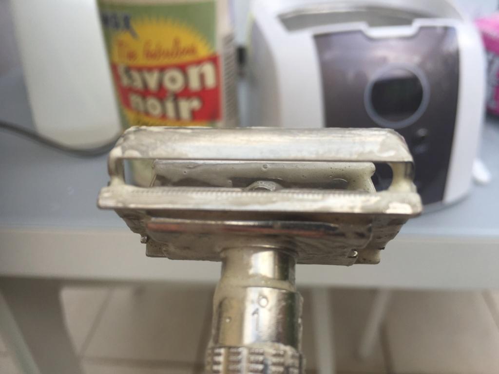 La rénovation de mon 1er rasoir vintage - Slim de 66 Cc278b10