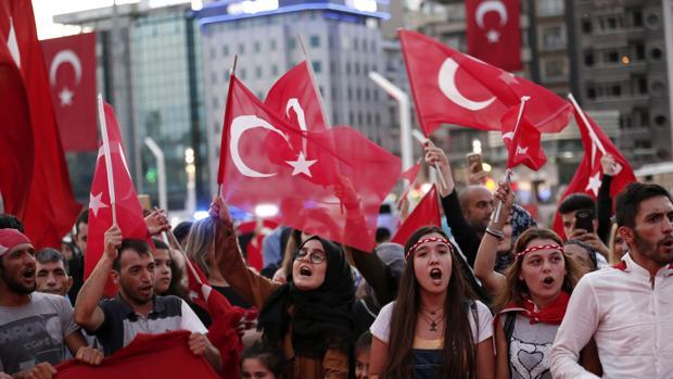 Turcos      - Página 4 Turqui10