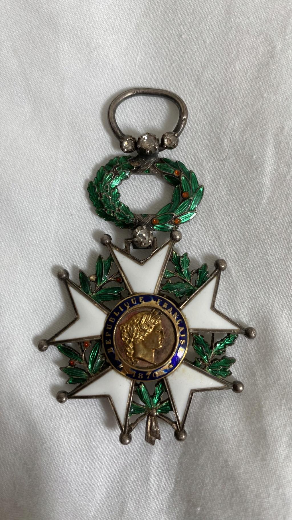 Cadre légion d'honneur et médaille militaire 129a6510