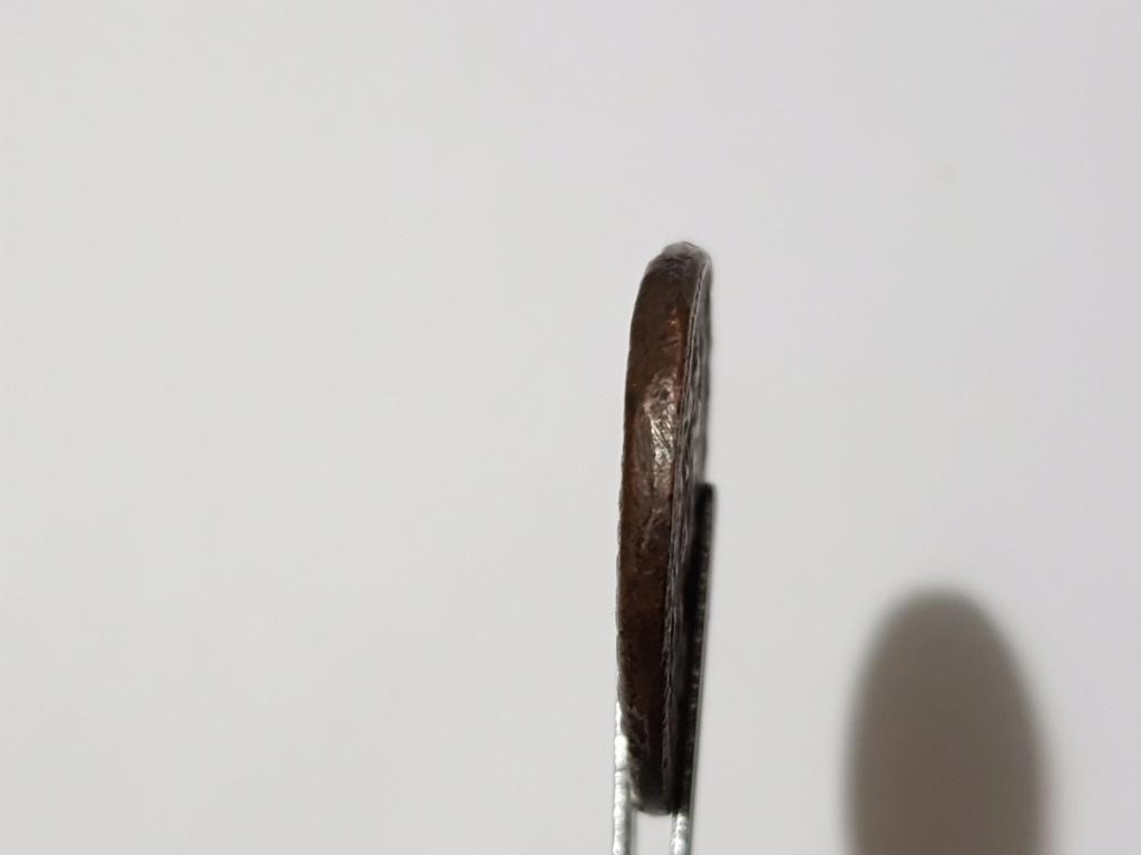 Nummus de Maximino II Daza. GENIO IMPERATORIS. Genio estante a izq. Alejandría. 20200510
