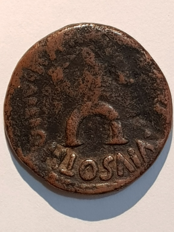 As de Augusto.  M SALVIVS OTHO III VIR A A A F F / SC. Roma Revers10
