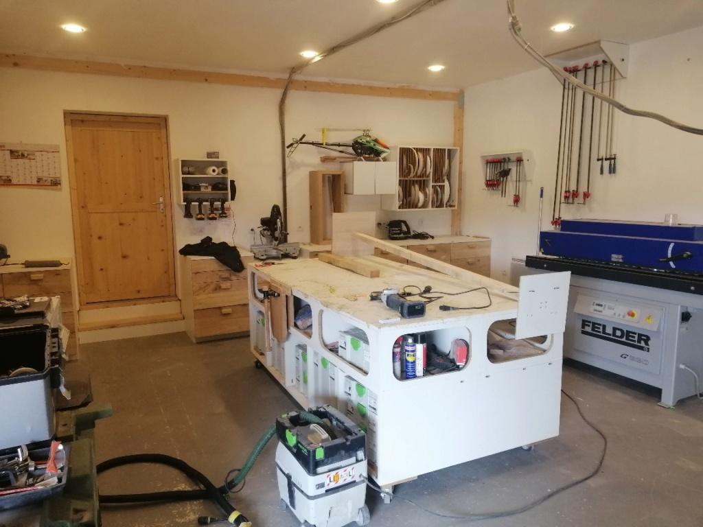 Mon atelier, mon lieu de travail.  Img_2012