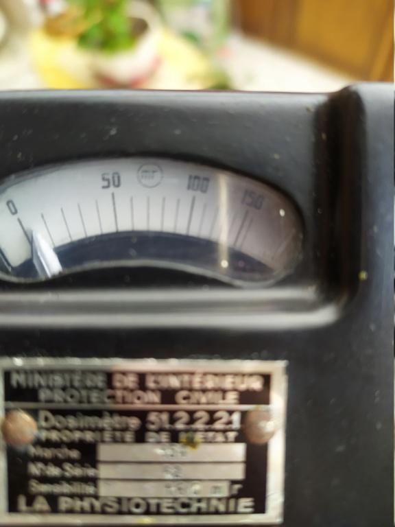 Ancien dosimètre (La Physiotechnie) 160mR - HELP please. Img_2011