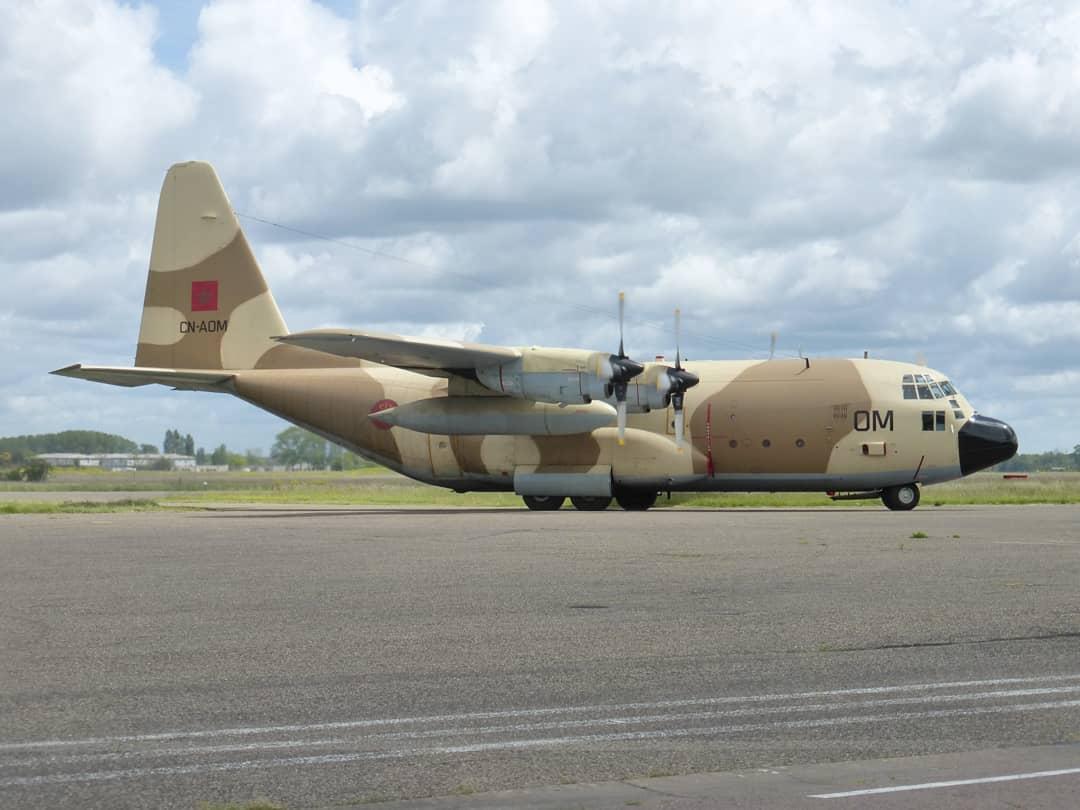 FRA: Photos d'avions de transport - Page 42 18723010