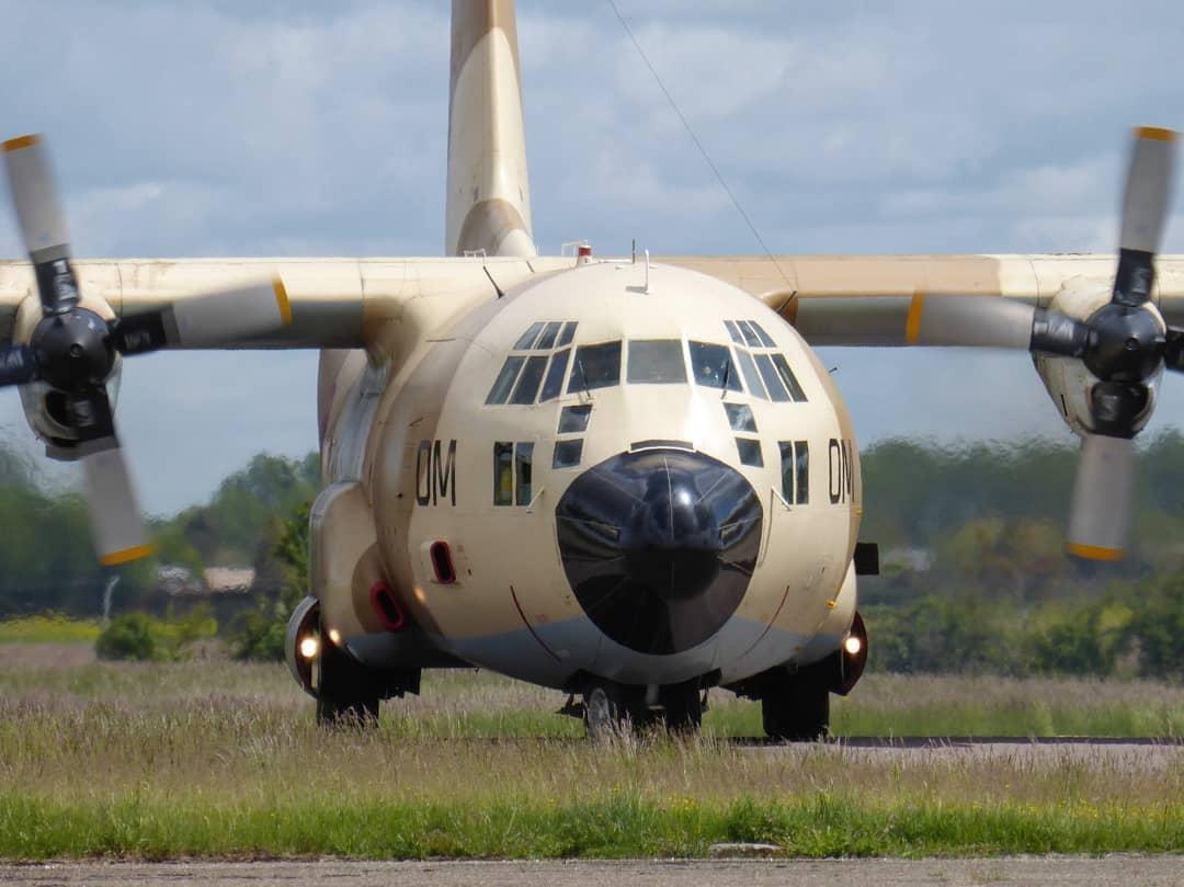 FRA: Photos d'avions de transport - Page 42 18833110