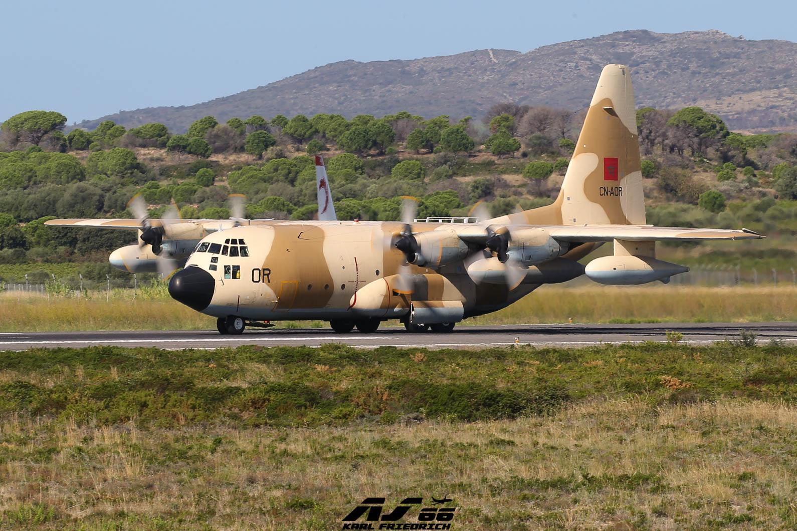 FRA: Photos d'avions de transport - Page 38 71026710