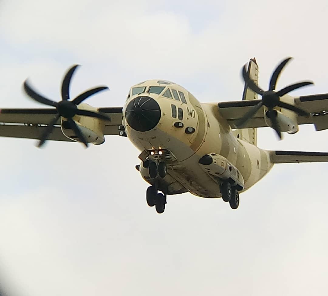FRA: Photos d'avions de transport - Page 42 Amo10
