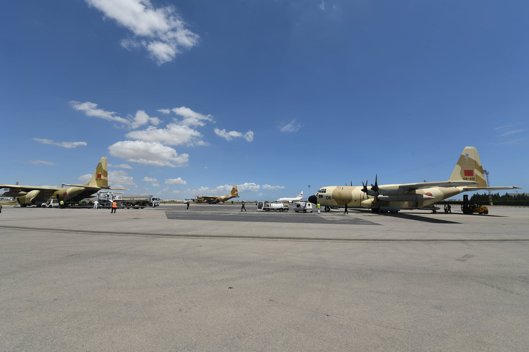 FRA: Photos d'avions de transport - Page 43 Aok-10
