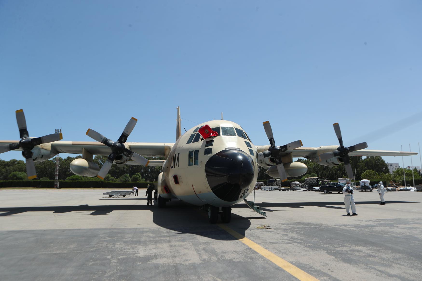 FRA: Photos d'avions de transport - Page 43 Aom-10