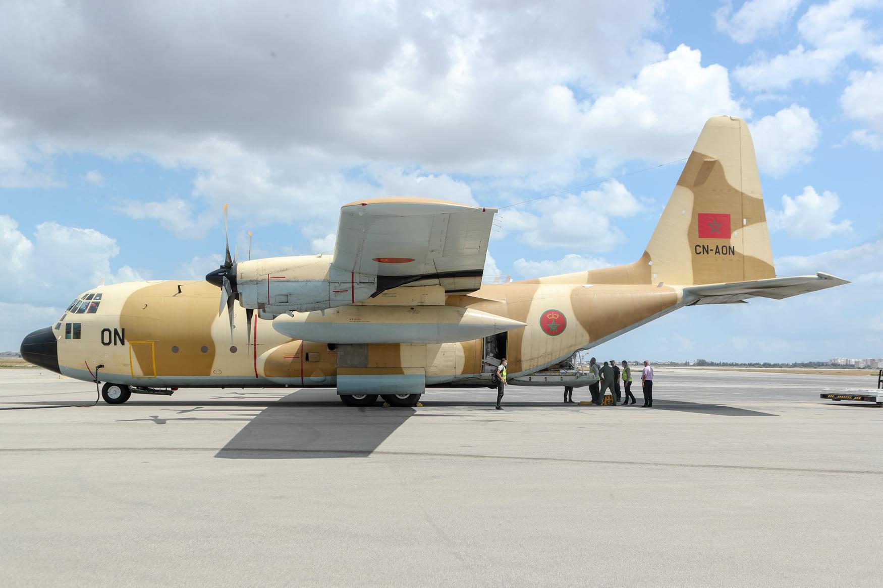 FRA: Photos d'avions de transport - Page 43 Aon11