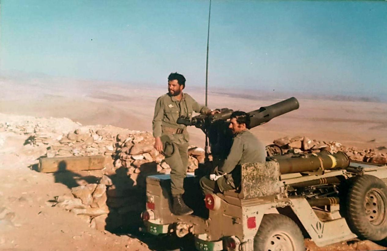 Le conflit armé du sahara marocain - Page 14 Clipb335