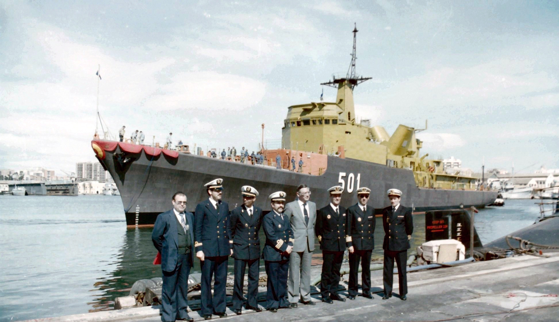 Royal Moroccan Navy Descubierta Frigate / Corvette Lt Cl Errahmani - Bâtiment École - Page 4 Clipb485