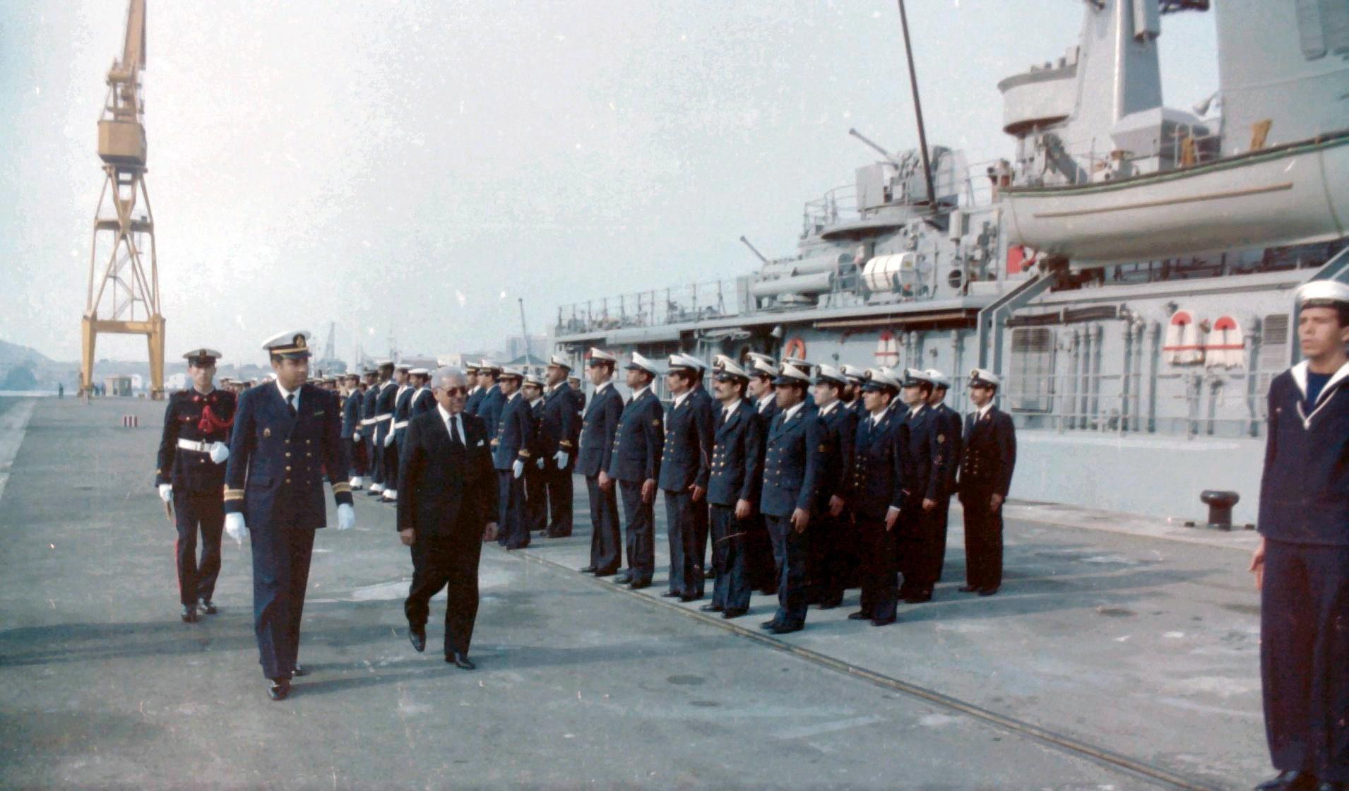 Royal Moroccan Navy Descubierta Frigate / Corvette Lt Cl Errahmani - Bâtiment École - Page 4 Clipb528