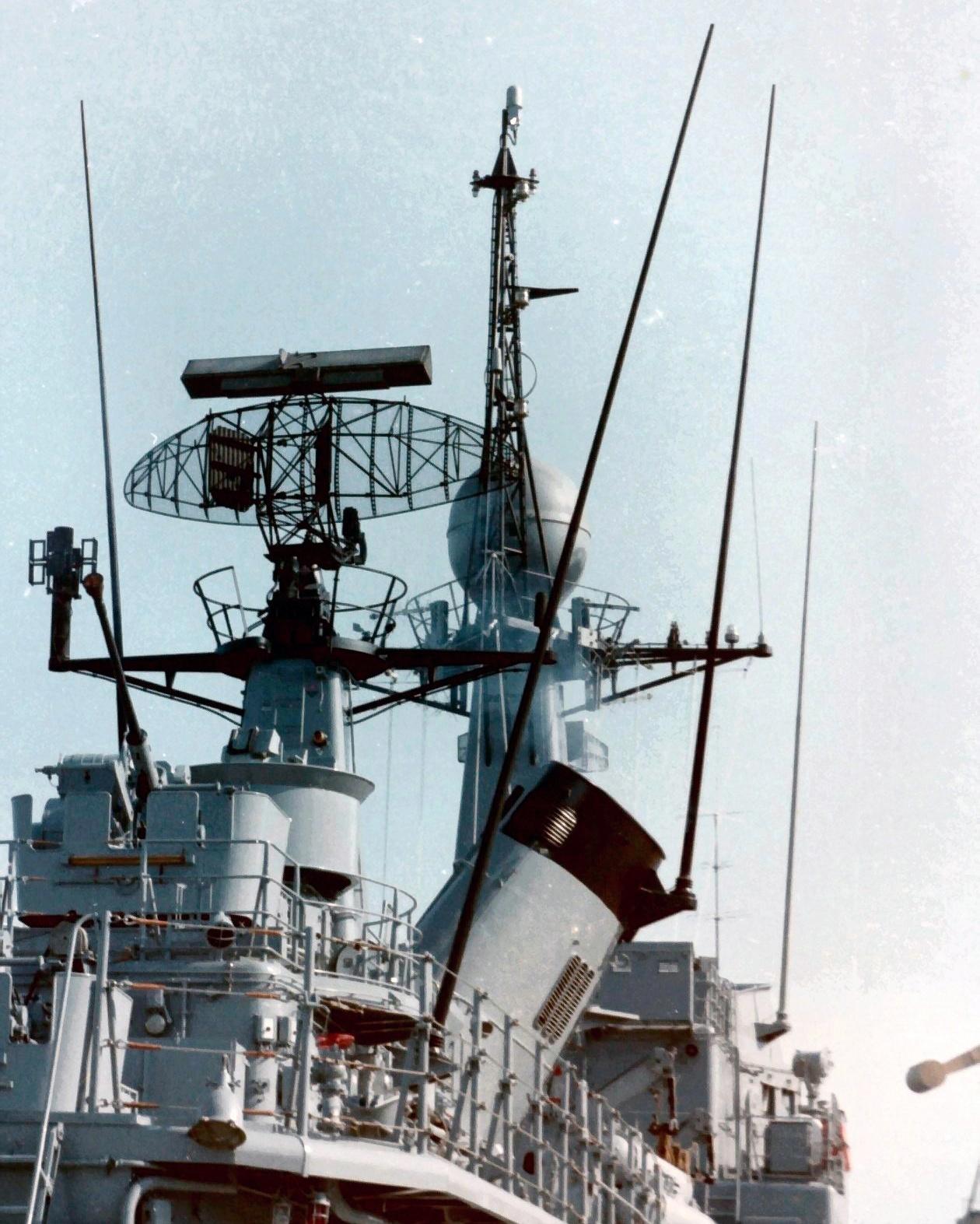 Royal Moroccan Navy Descubierta Frigate / Corvette Lt Cl Errahmani - Bâtiment École - Page 4 Clipb534