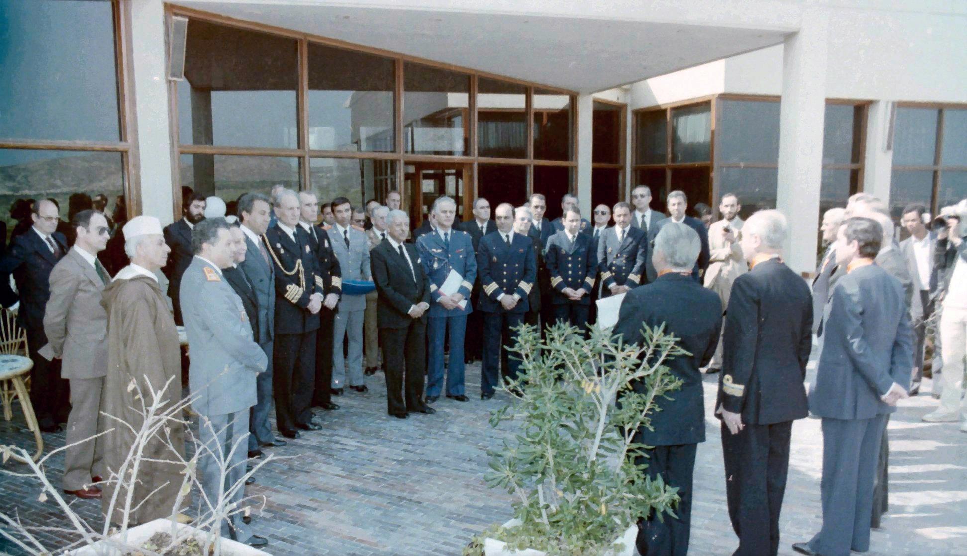 Royal Moroccan Navy Descubierta Frigate / Corvette Lt Cl Errahmani - Bâtiment École - Page 4 Clipb544