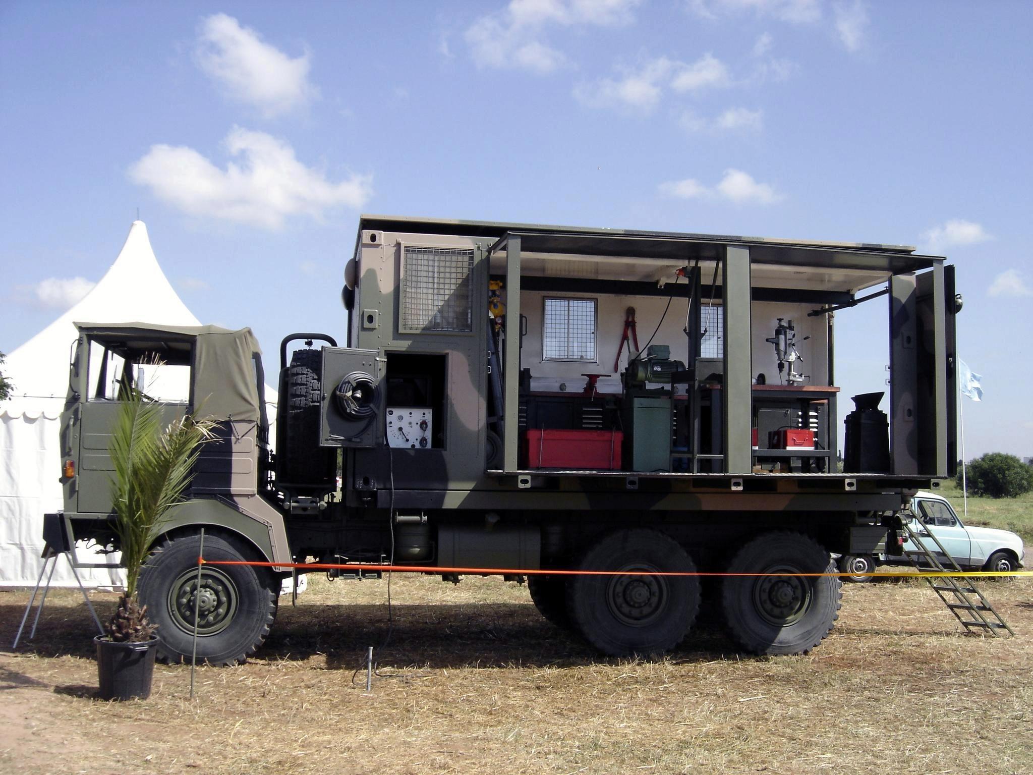Photos - Logistique et Camions / Logistics and Trucks - Page 7 Clipbo24