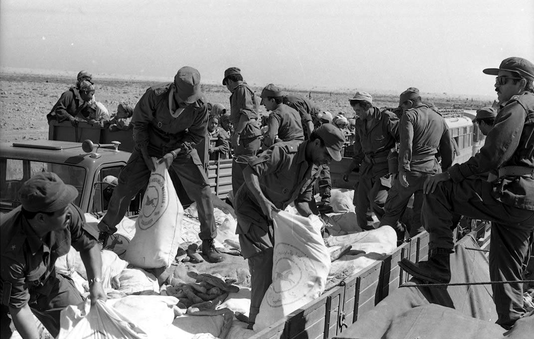 Les FAR durant la Marche Verte 1975 Clipbo37