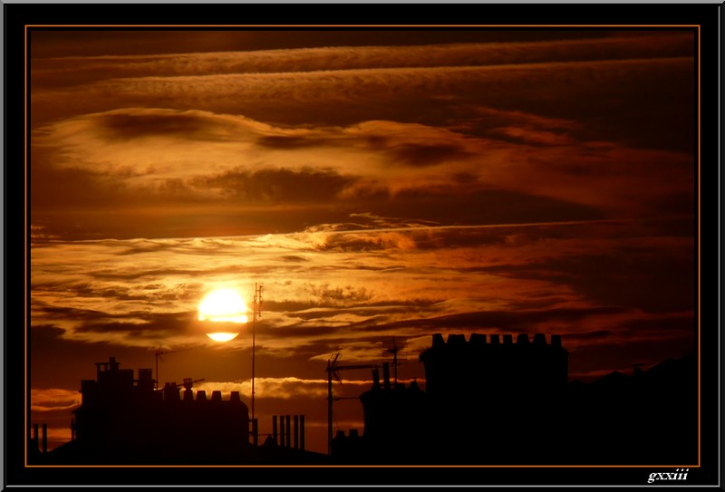 Lever de soleil - Page 17 26080811