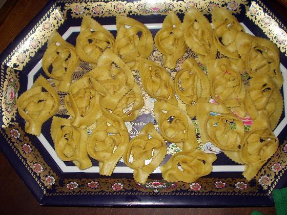 القريوش: حلويات جزائرية بالصور Griwec11